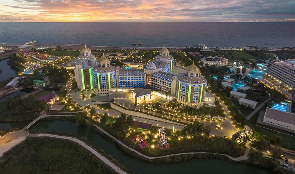 Hotel Delphin Be Grand Resort #4