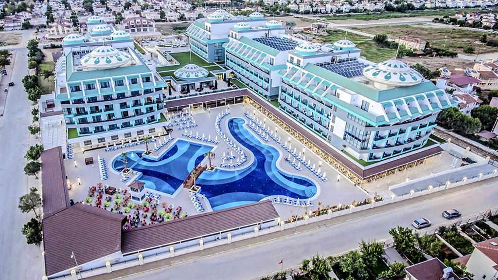Hotel Sensitive Premium Resort #3