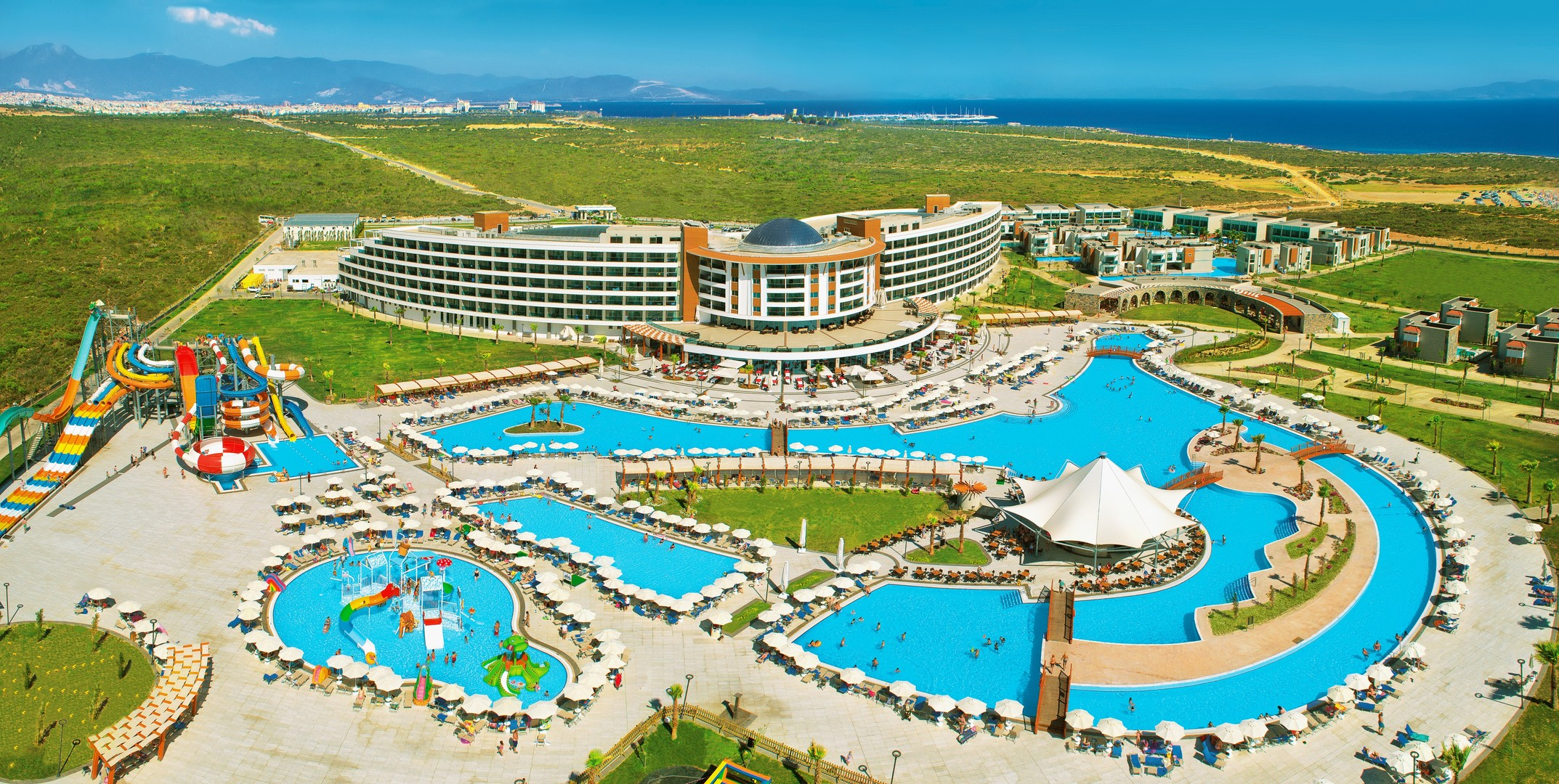 Hotel Aquasis Deluxe Resort and Spa