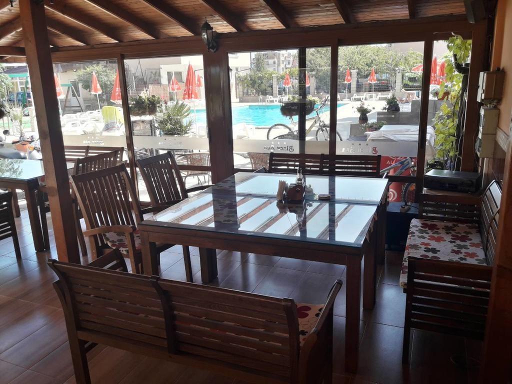 Hotel Black Sea #6