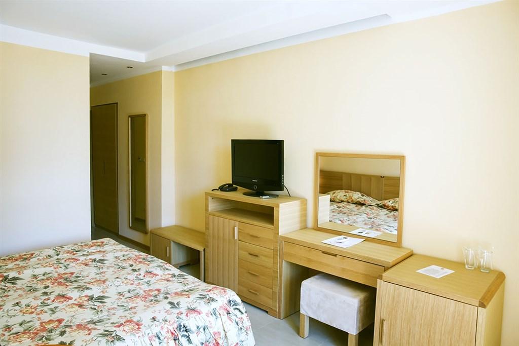 Hotel Oasis Park #3