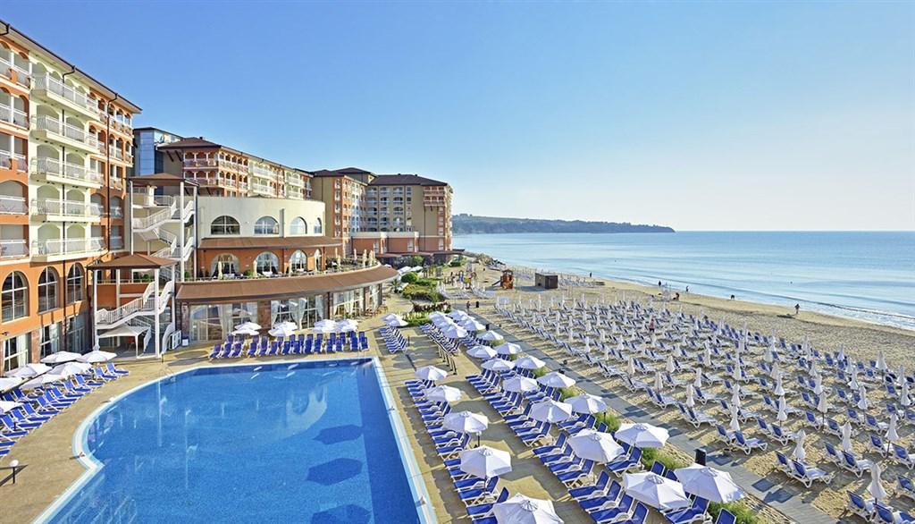 Hotel Sol Luna Bay Resort