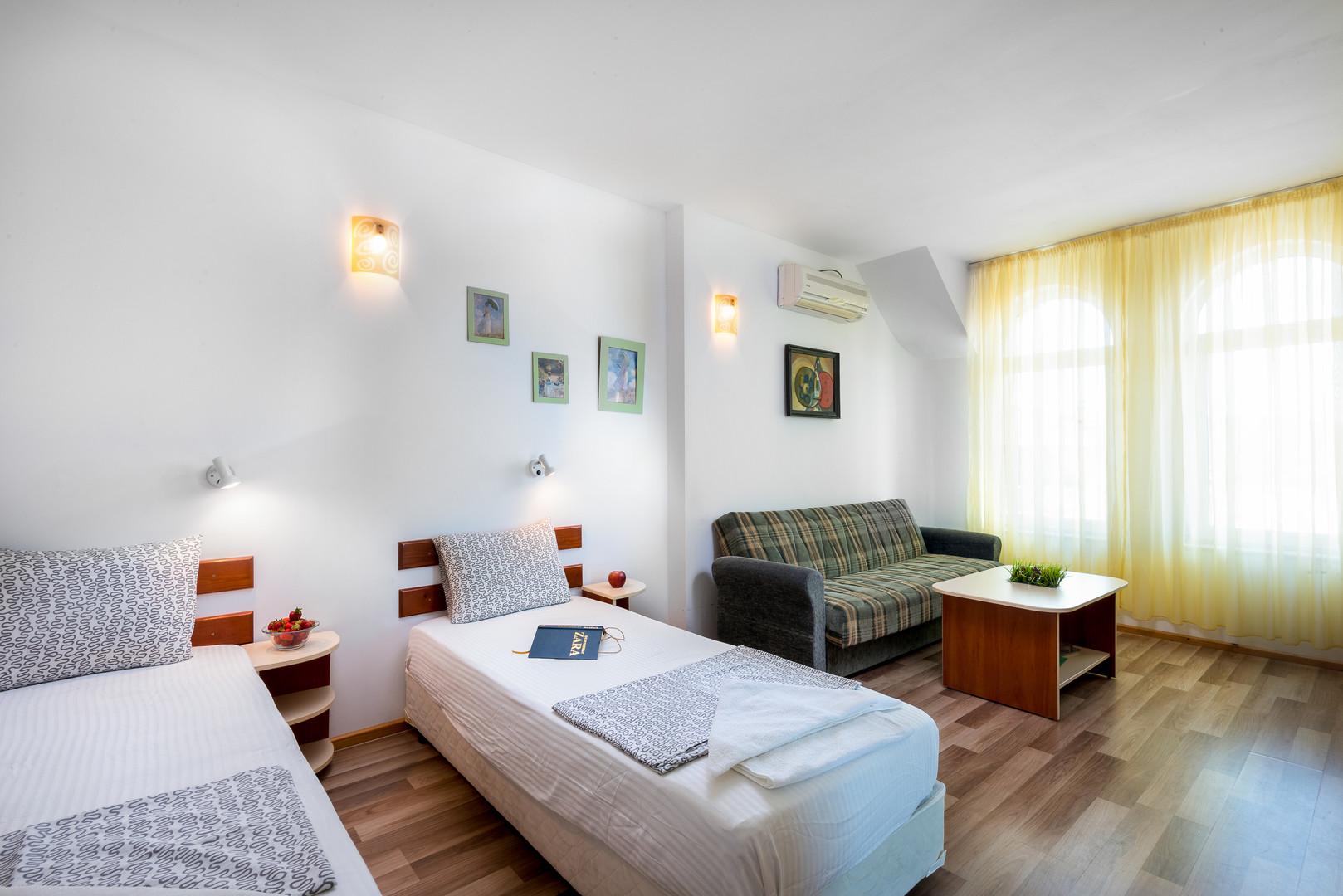 Hotel Zara #5
