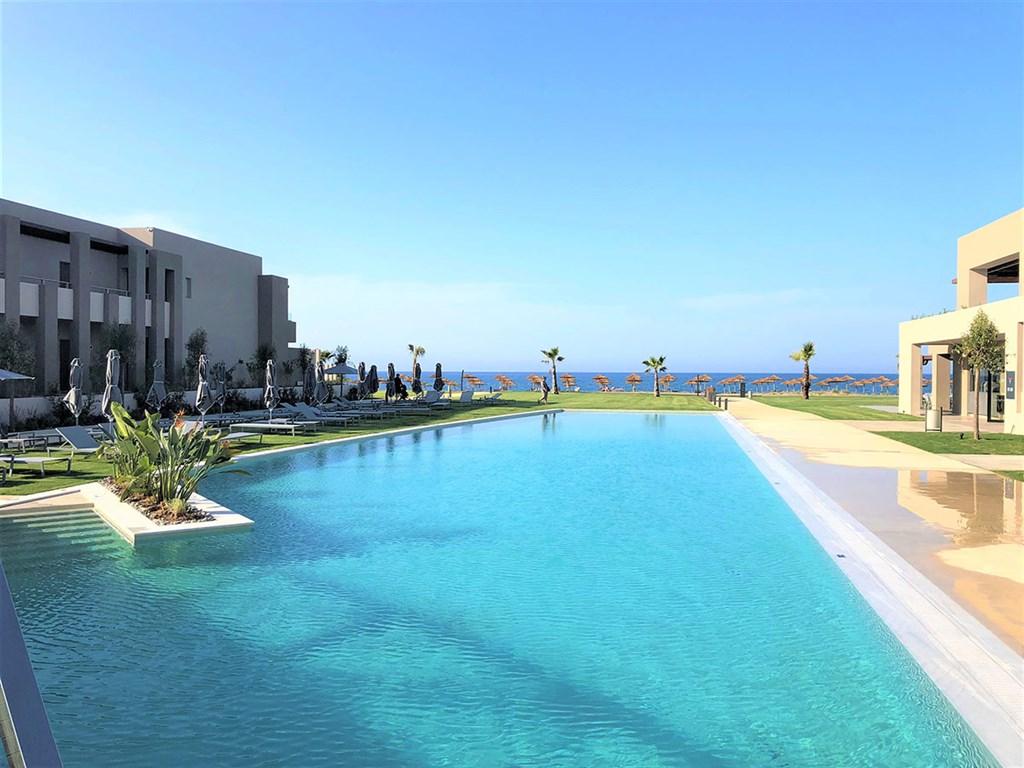 Hotel Euphoria Resort #2