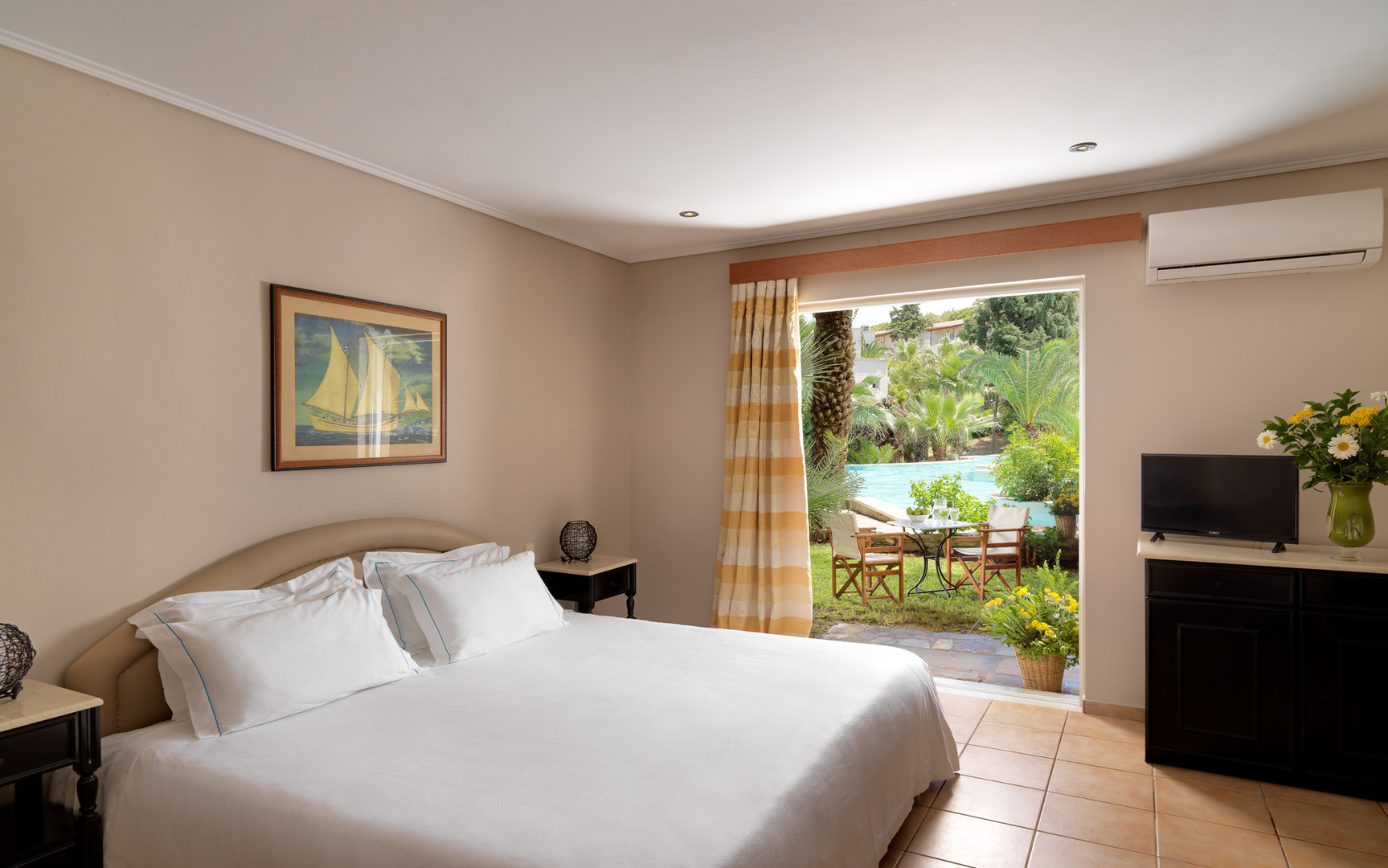Hotel Capsis Out Of The Blue Resort #5