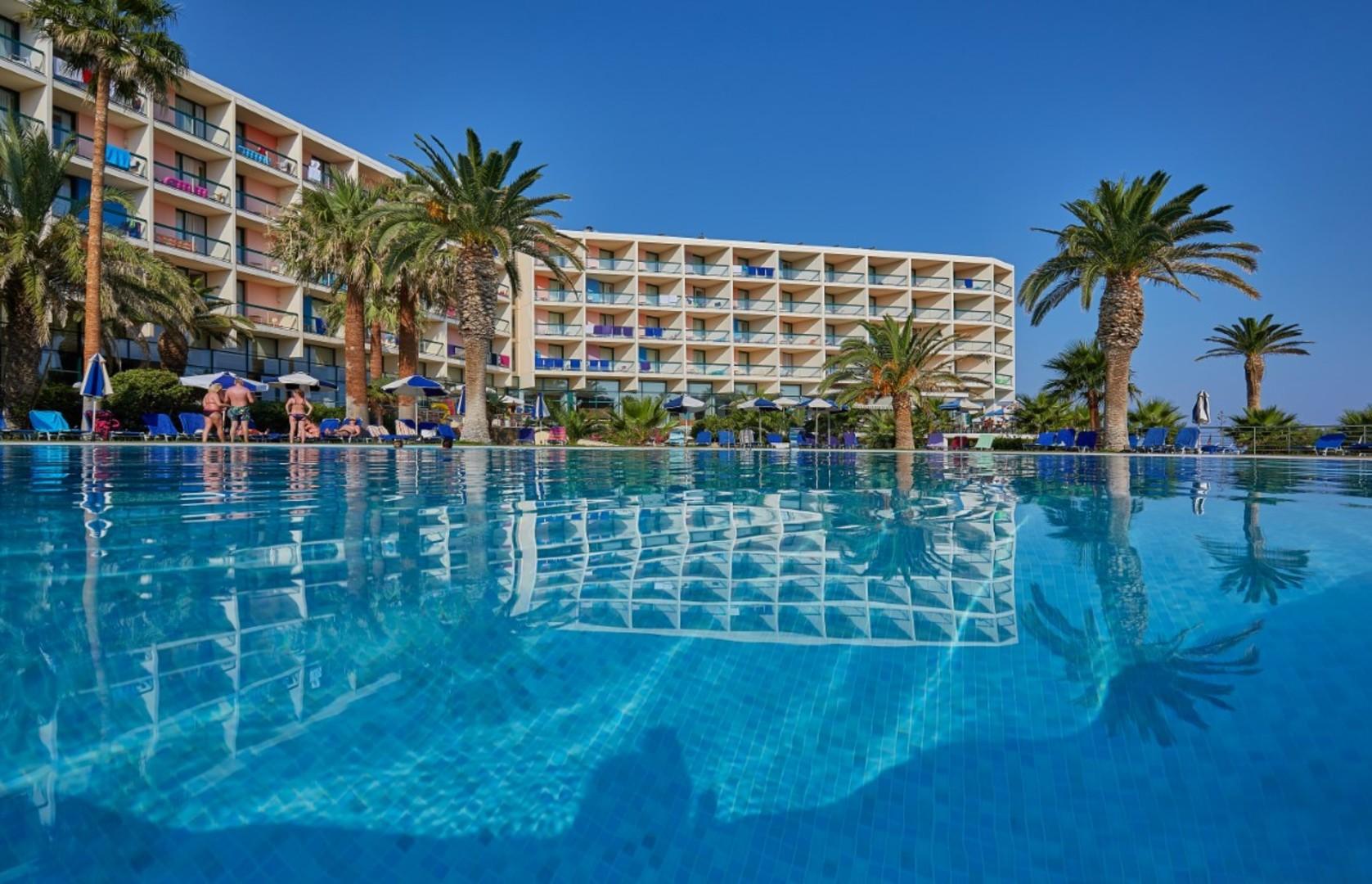 Hotel Sirens Beach