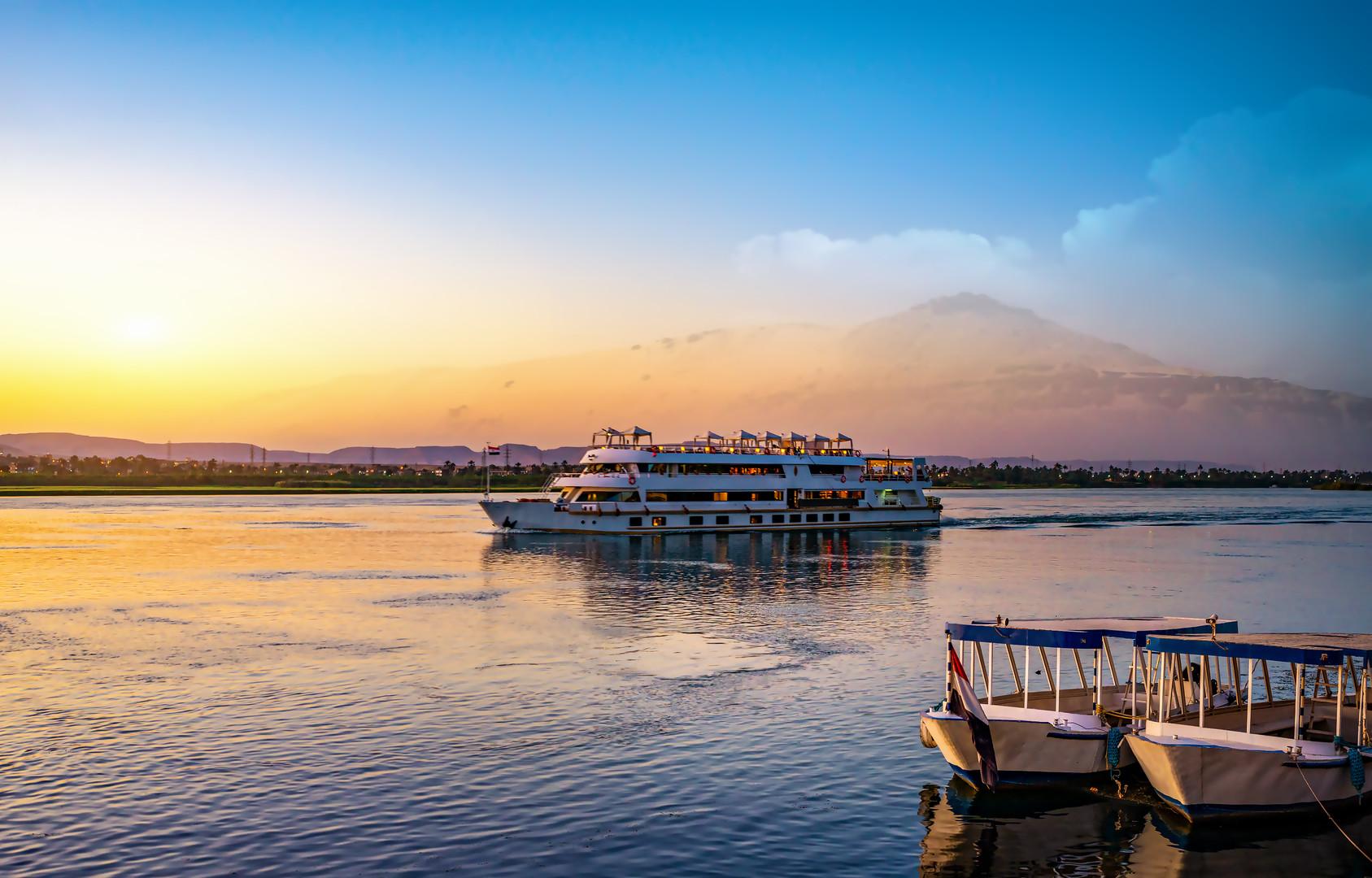 To nejlepší z Egypta s plavbou po Nilu, návštěvou pyramid a pobytem u moře