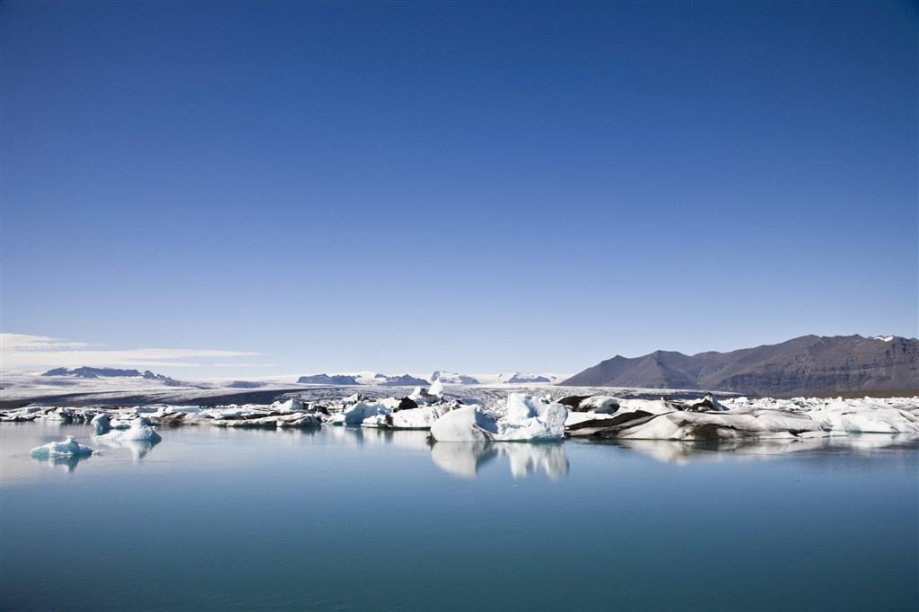 Gejzíry, ledovce, vodopády a fjordy Islandu 6 dní