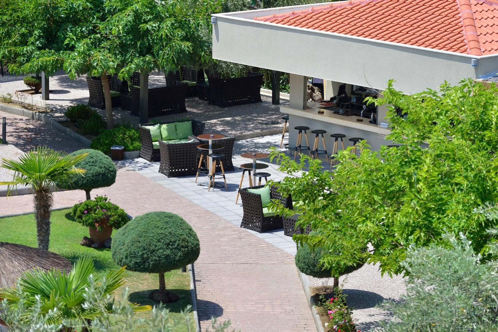 Hotel Atrium #6