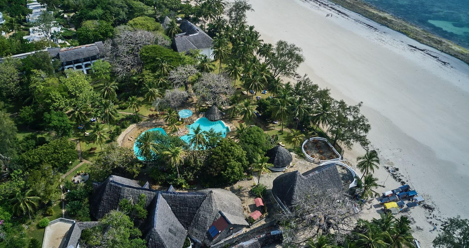 Papillon Lagoon Reef Hotel