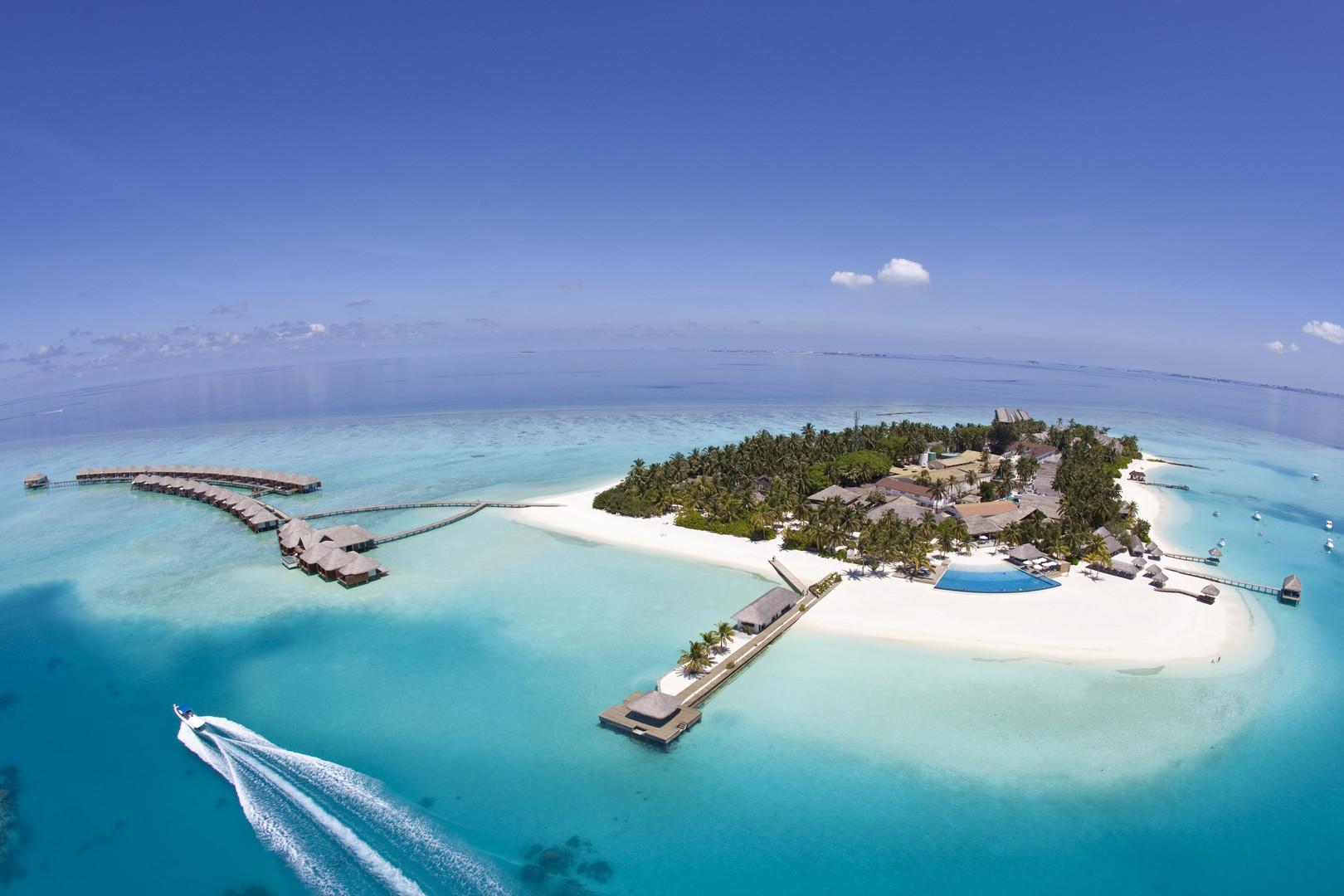 Hotel Velassaru Maldives #2