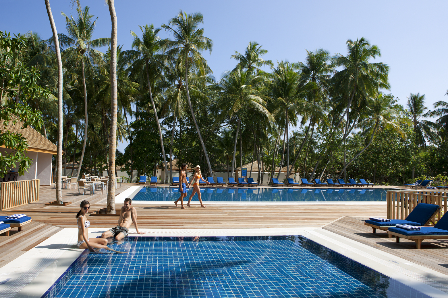 Vilamendhoo Island Resort & Spa #6