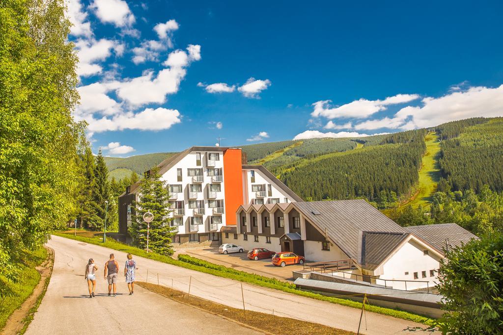 Wellness Hotel Astra - Dětský Klub Transylvánie