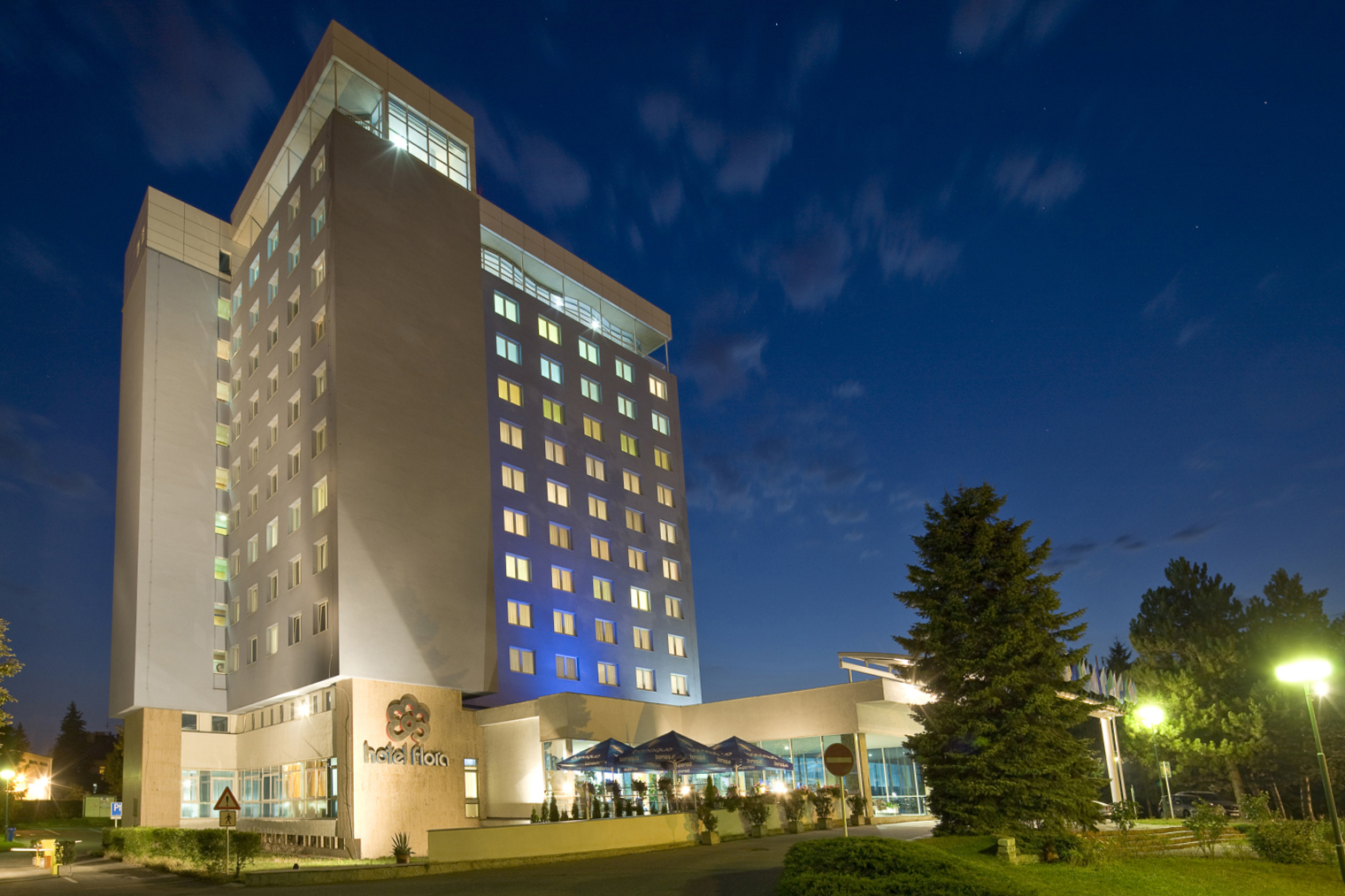 Hotel Flora #2