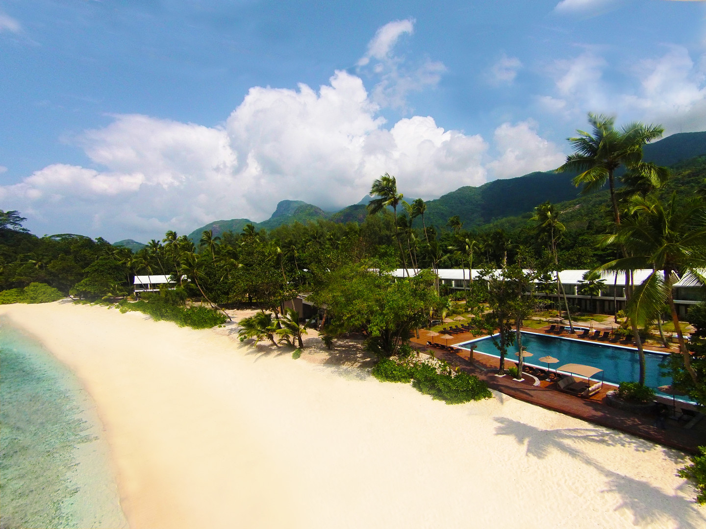 Hotel Avani Seychelles Barbarons Resort & Spa