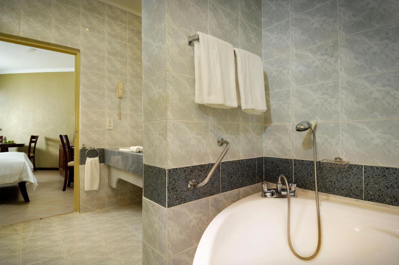 Hotel Berjaya Beau Vallon Bay #4