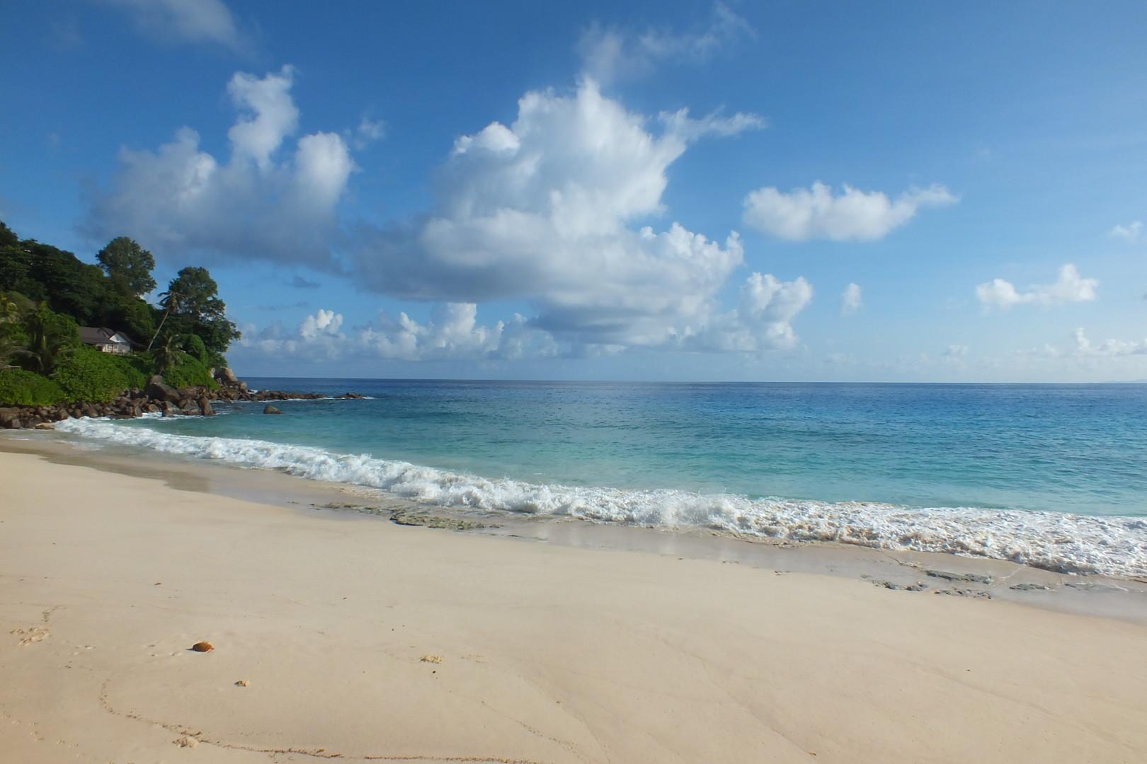 Carana Beach Hotel #5
