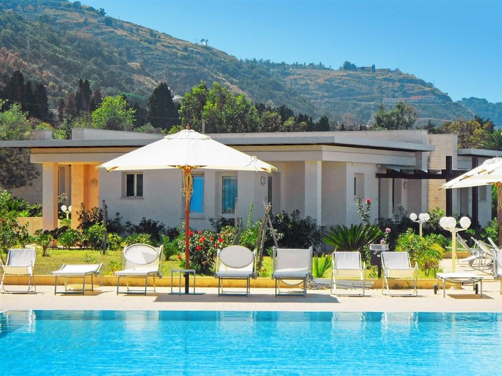 Hotel Rosette Resort #2