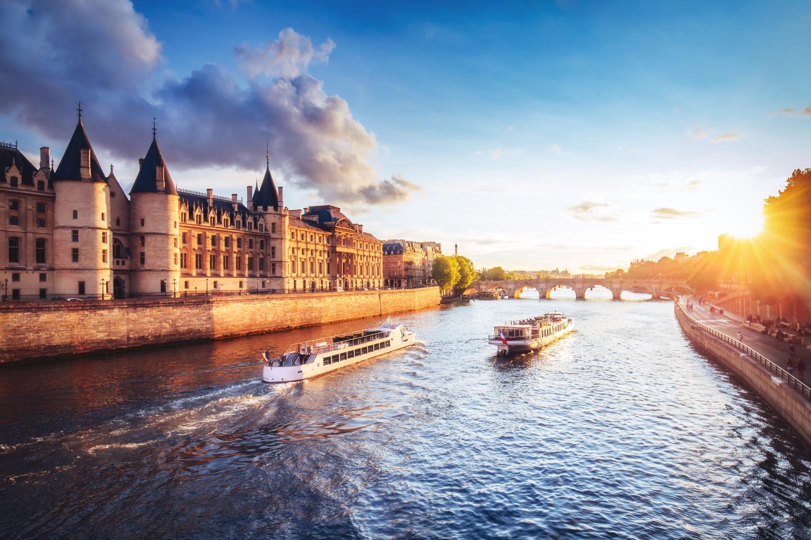 Paříž a zámky na Loiře (autobusem) #5