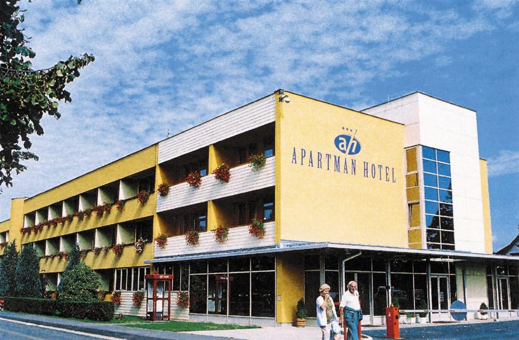 Apartmánový hotel Bük #5