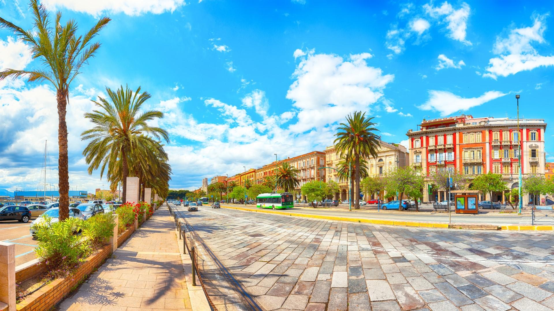 Sardinie autokarem s hvězdicovými výlety