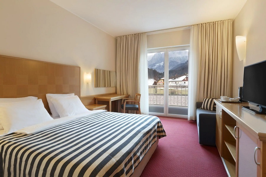 Ramada Hotel + Suites (Prisank) #5