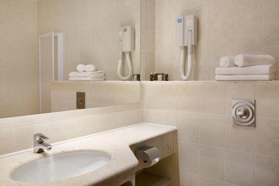 Ramada Hotel + Suites (Prisank) #6