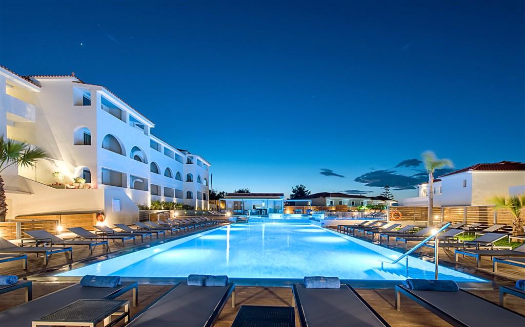 Hotel Azure Resort #3