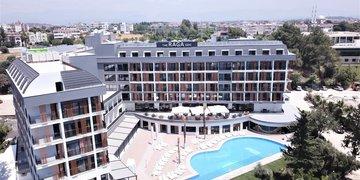 Hotel The Raga Side