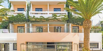 Hotel Eva Bay