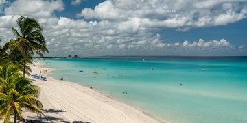 Havana a pláže v Karibské oblasti ( Trinidad )