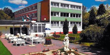 Hotel Platán 2*