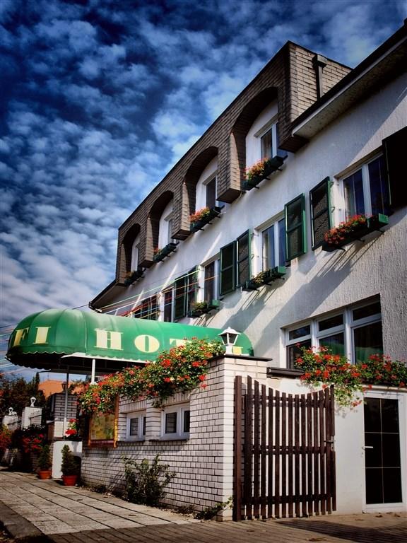 Hotel Golfi