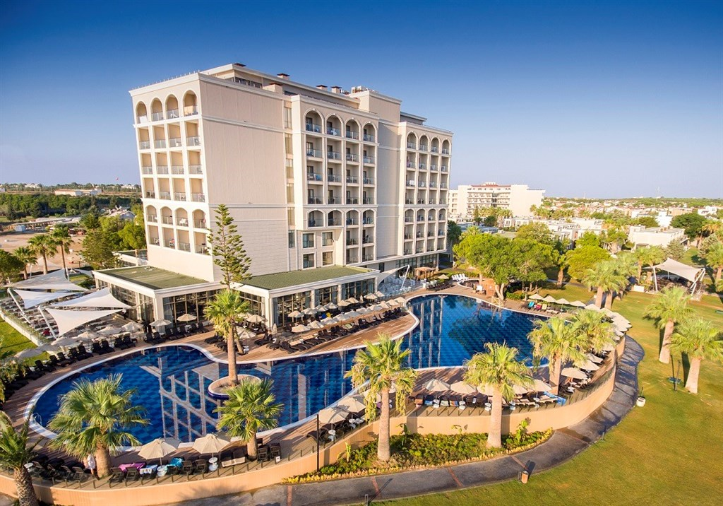 Hotel The Roxy Luxury Moon