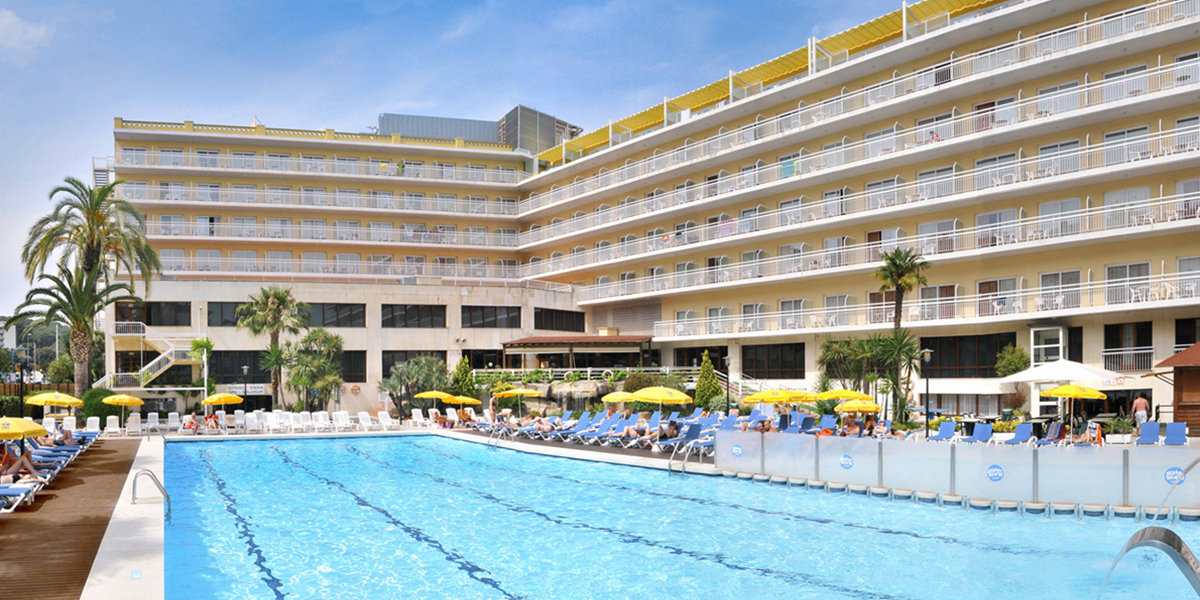 Hotel Oasis Park & Spa Costa Brava Spain Holidays Reviews