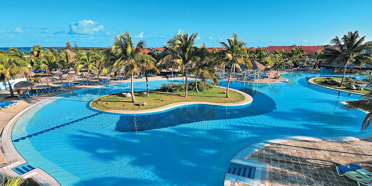 Hotel Playa Pesquero