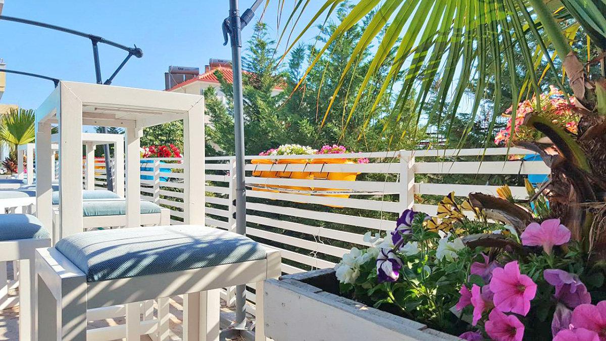 Verriere Cuisine Avec Ouvrant ~ Hotel 6 Milje Saranda Albania Holidays Reviews Itaka