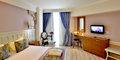 Hotel Crown Serenity #5