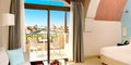 Hotel The Cove Rotana Resort #6