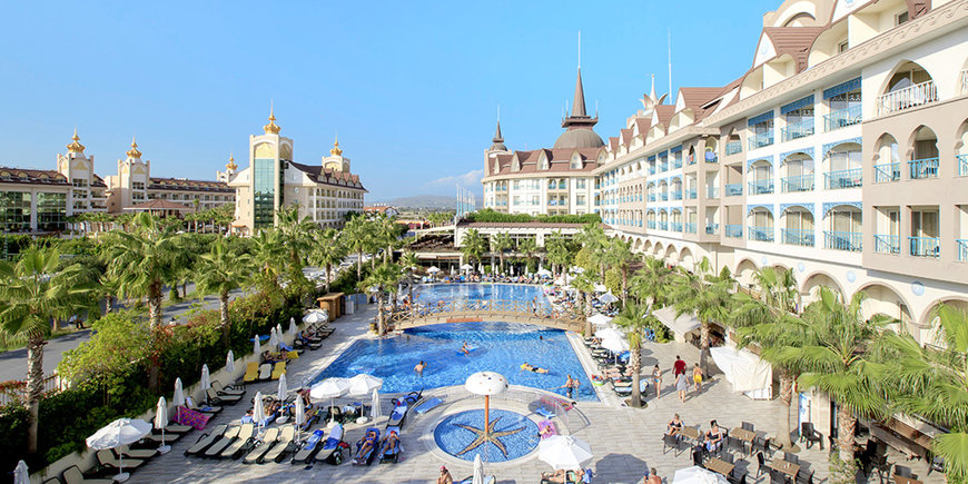 Hotel Crown Palace
