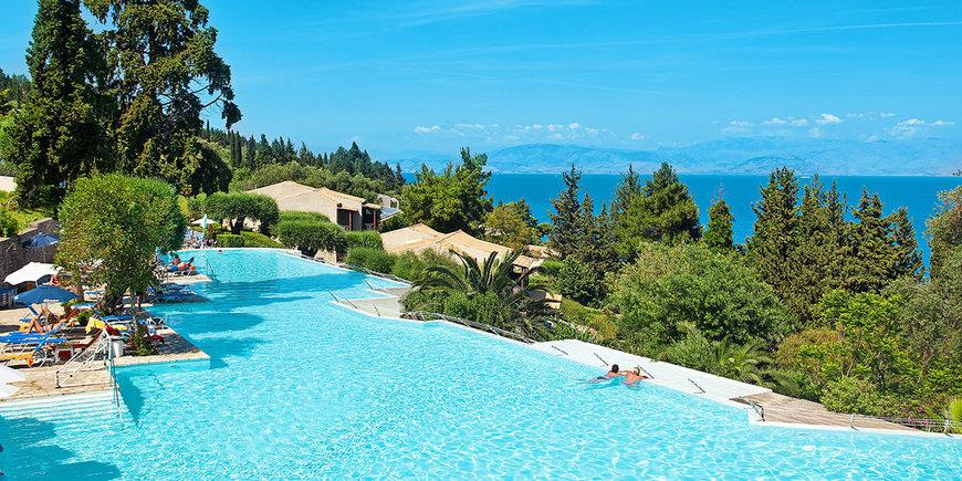 Hotel Aeolos Beach Resort