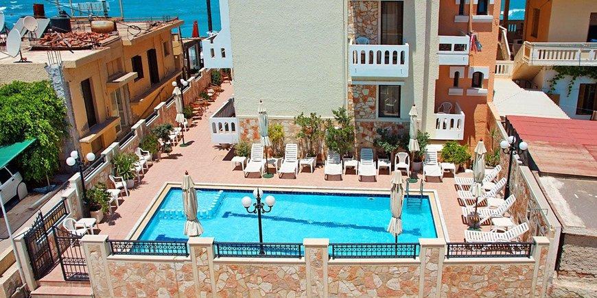 Hotel Mandy Studios & Apartments