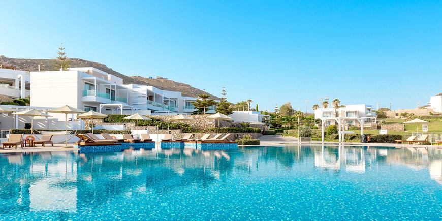 Hotel The Royal Blue a Luxury Beach Resort