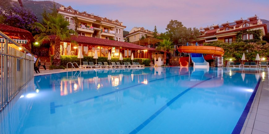 Hotel Perdikia Hill Resort