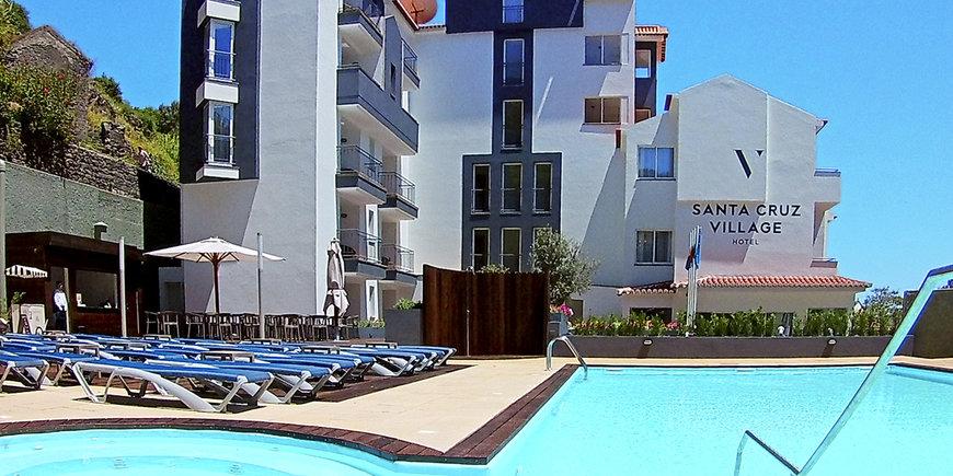 Hotel Santa Cruz Village