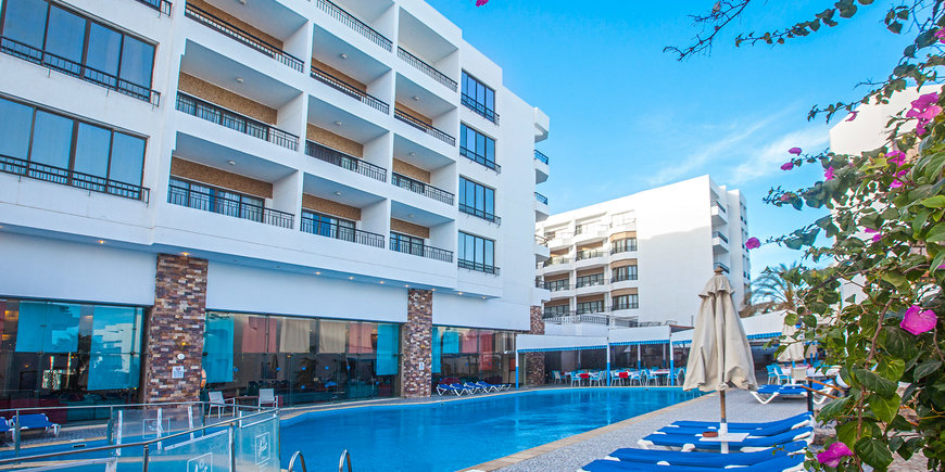 Hotel Marlin Inn Azur Resort