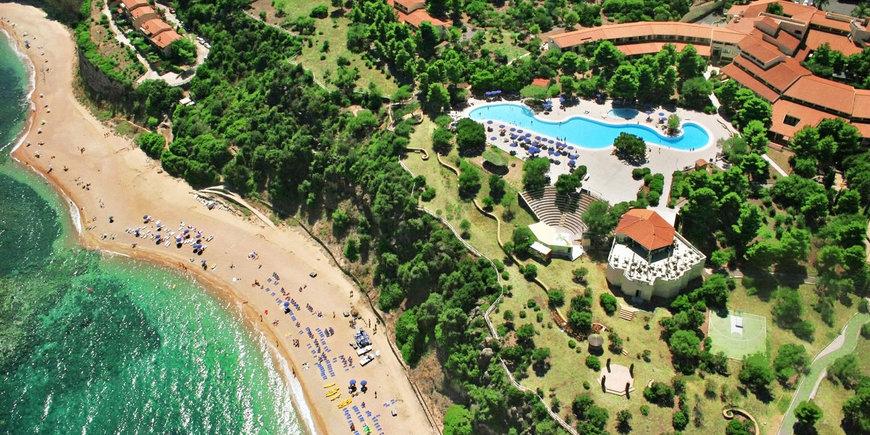 Hotel Palmasera Village Resort