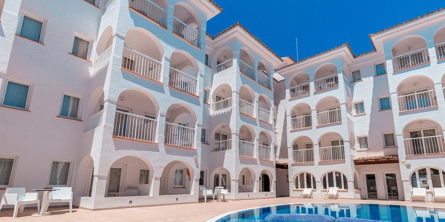 Hotel R2 Bahia Cala Ratjada Design