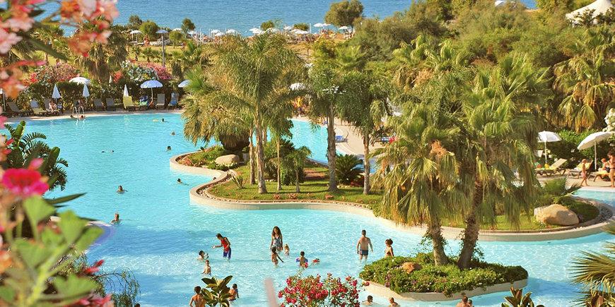 Hotel Acacia Resort