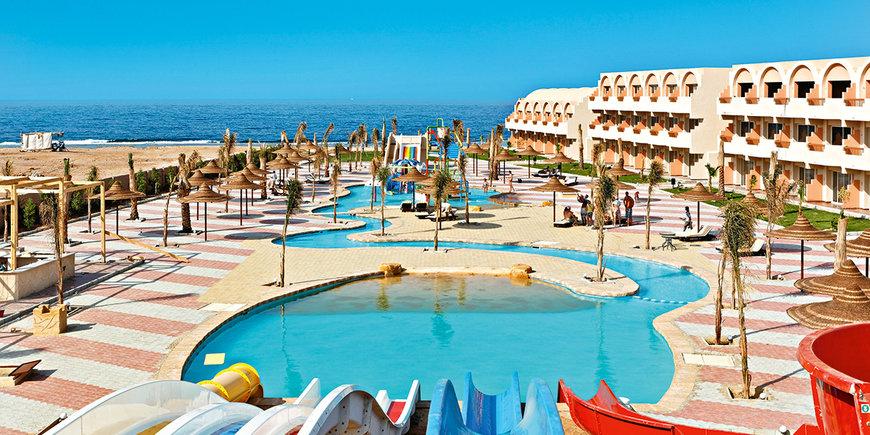Hotel The Three Corners Sea Beach Resort